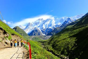 The Himalayan vista by Bluefangs