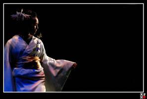 White on Black: Kimono by tensai-riot