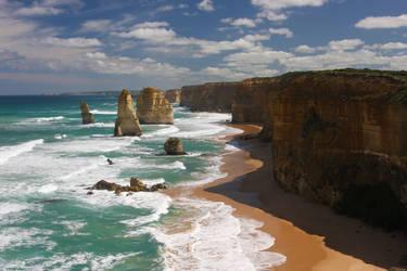 12 Apostles - Great Ocean Road by shaddsi