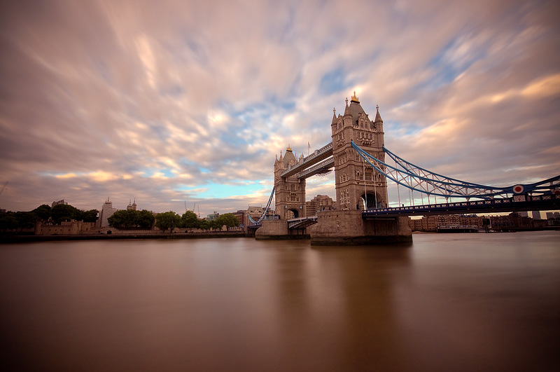 15 sec of Tower Bridge - 2 by paweldomaradzki
