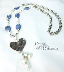 Sodalite and howlite battered heart necklace
