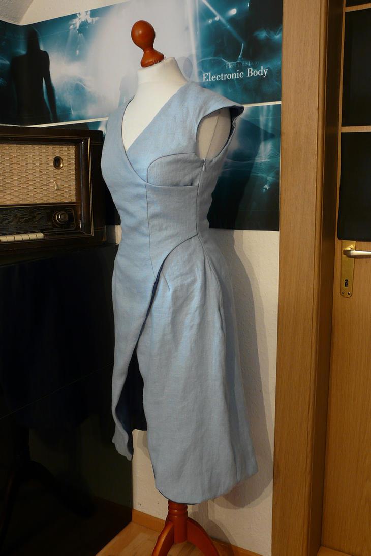 Classic Khaleesi dress by Eisfluegel