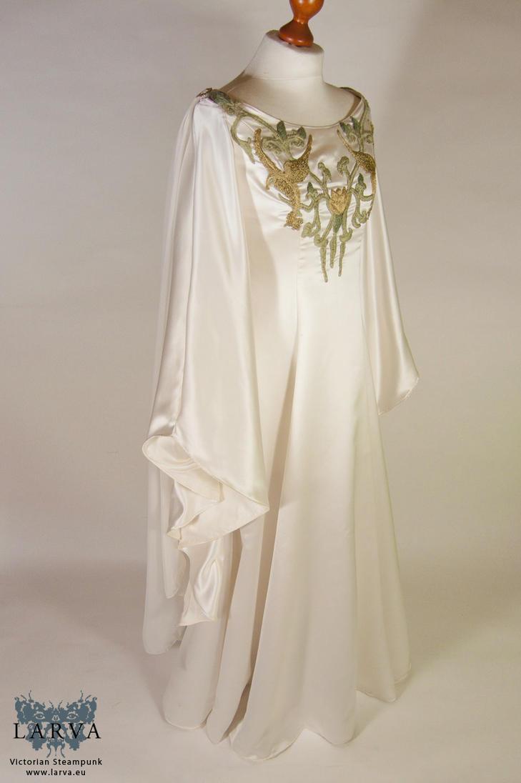 Elven wedding gown by Eisfluegel