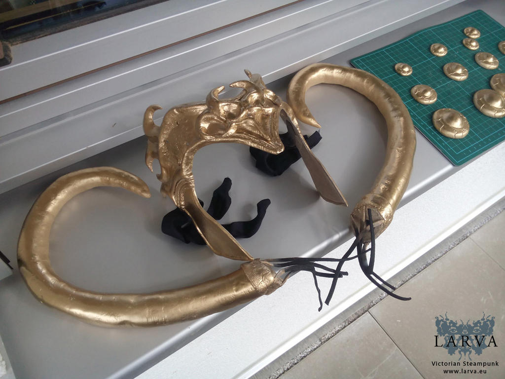 WIP: Lady Loki's Headdress Gold by Eisfluegel