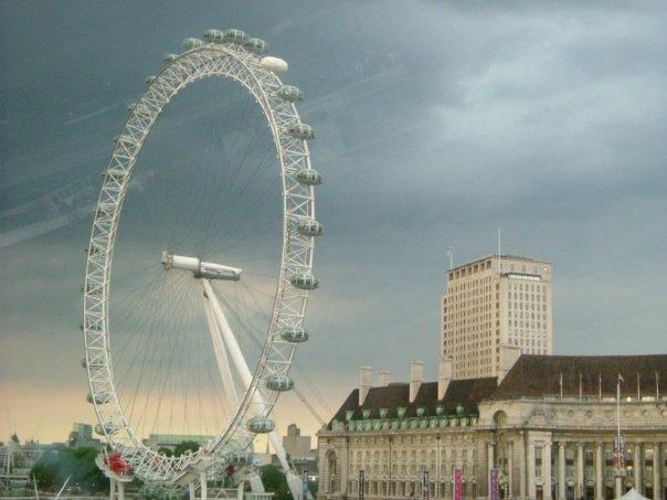 London watches you by Bitsylot
