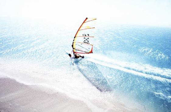 Windsurf by EnriqueVelasco