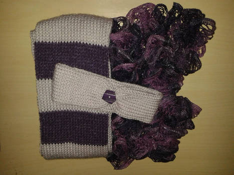 Purple winter set and ruffle scarf