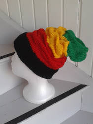 Slouchy rasta beanie for my husband =)
