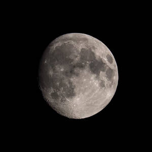 Moon by Skaldur