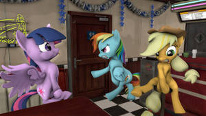 Hurry up in there, Rarity!