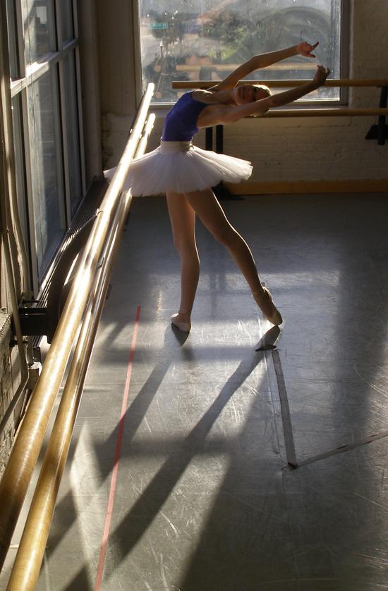 Balerina Sunlit_tutu_6_by_g00seling