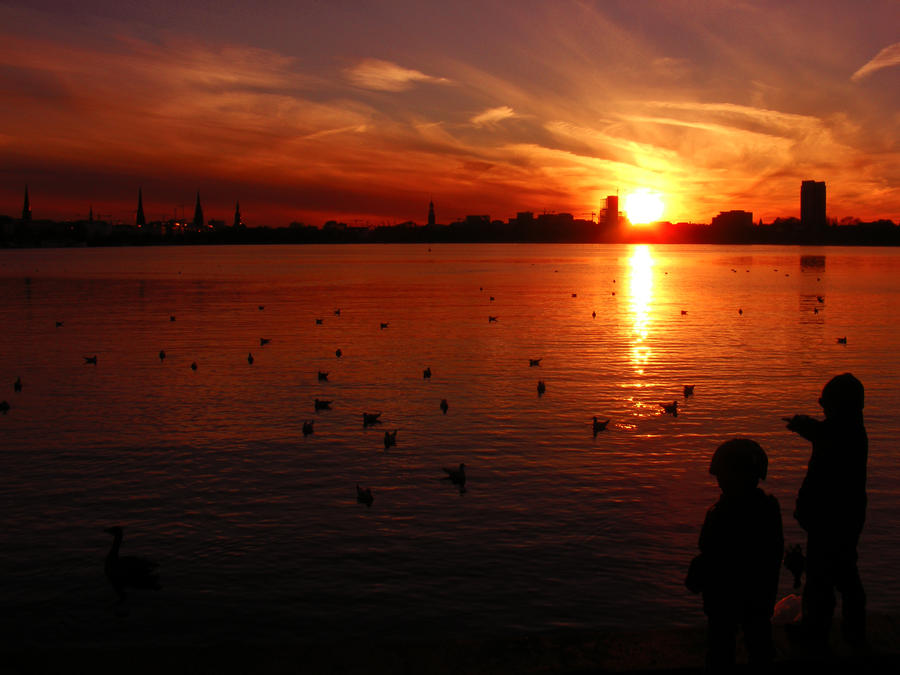 kids love sunsets