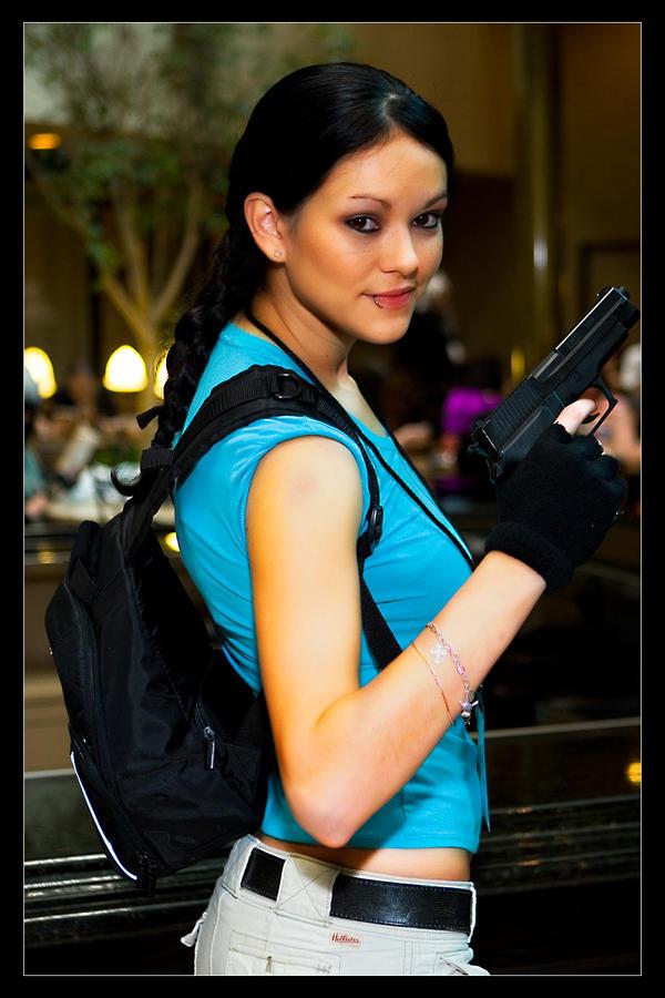 Lara Croft - Firepower by Kuragiman