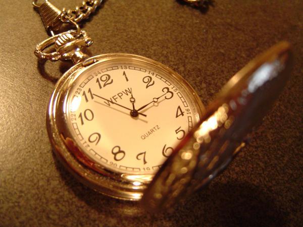 Pocketwatch by Cyndikate