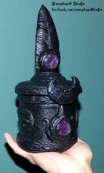 Raven feather jewelry box amethyst pagan Wicca
