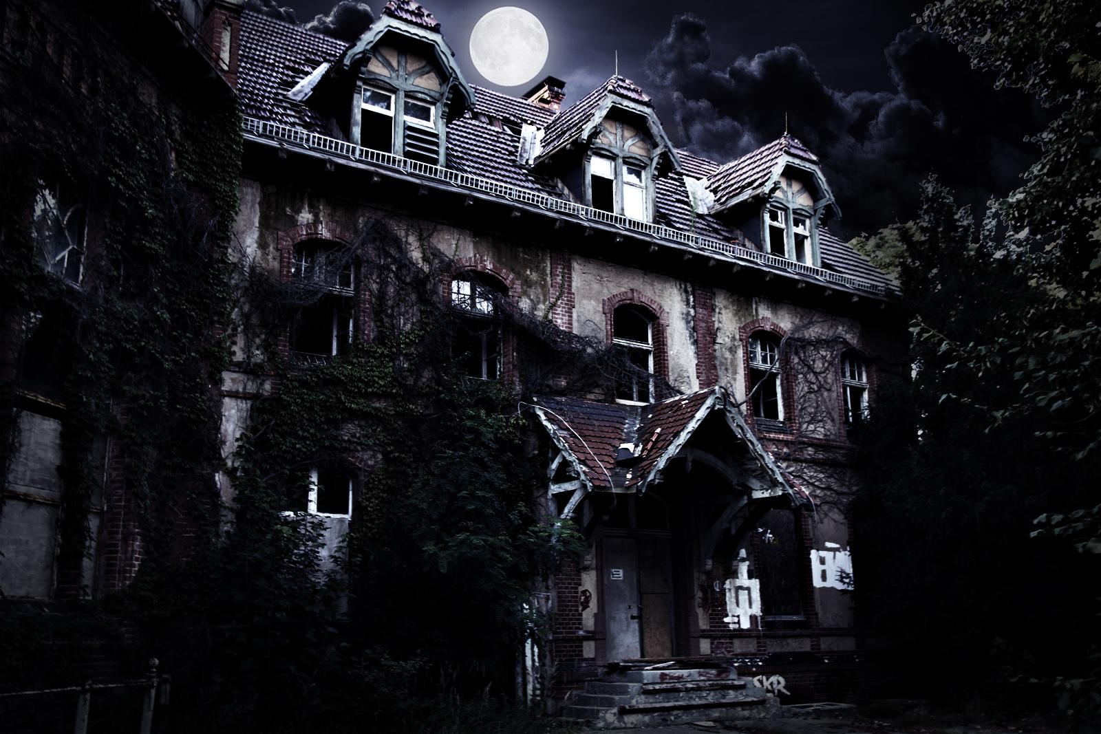Beelitz Heilstaetten villa dark style by cyrax-pdm