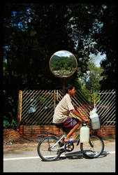 Jungle Biking by eminentiaillumi