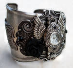 Steampunk - Gothic Cuff Watch1