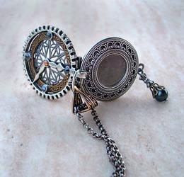Steampunk Watch Locket by Aranwen