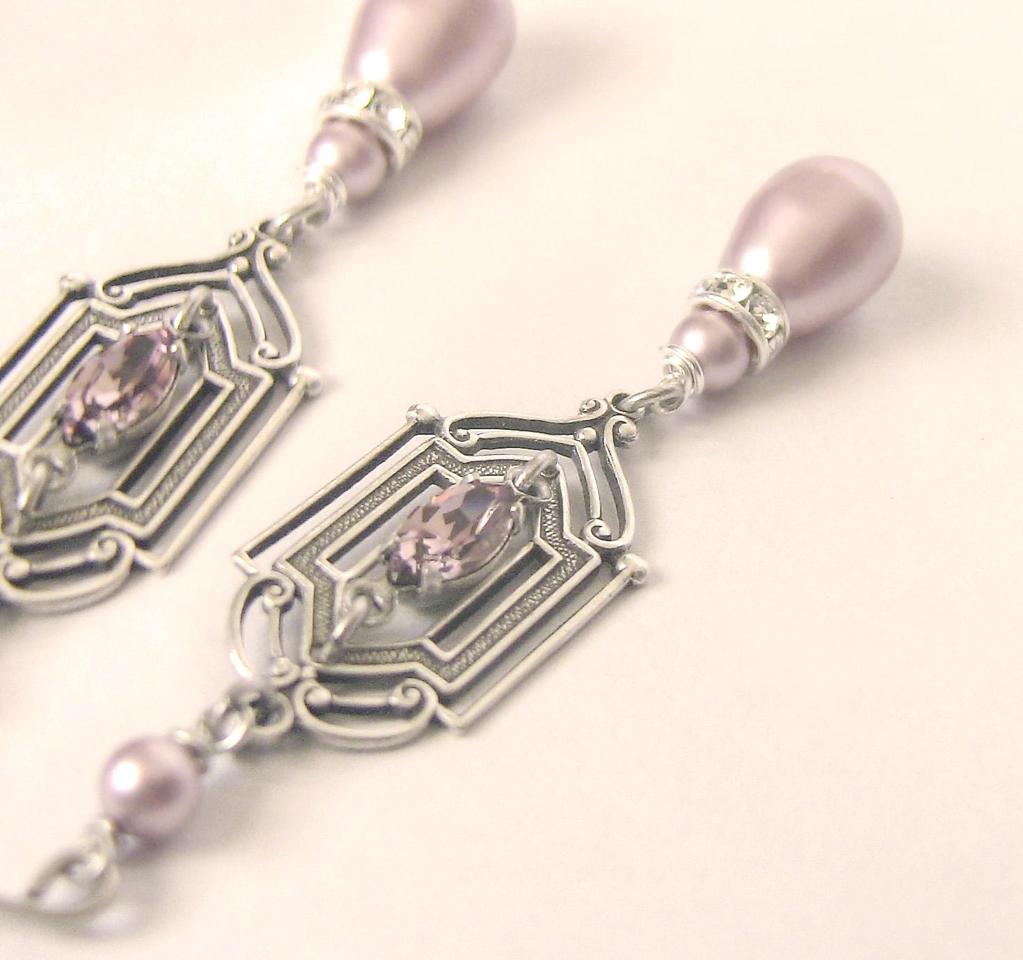 Pink Pearl Earrings by Aranwen