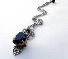 Black Jewel Necklace by Aranwen