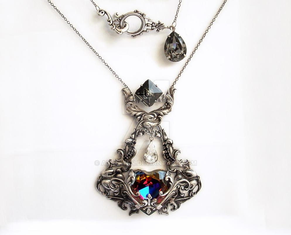 Gothic Heart Pendant by Aranwen