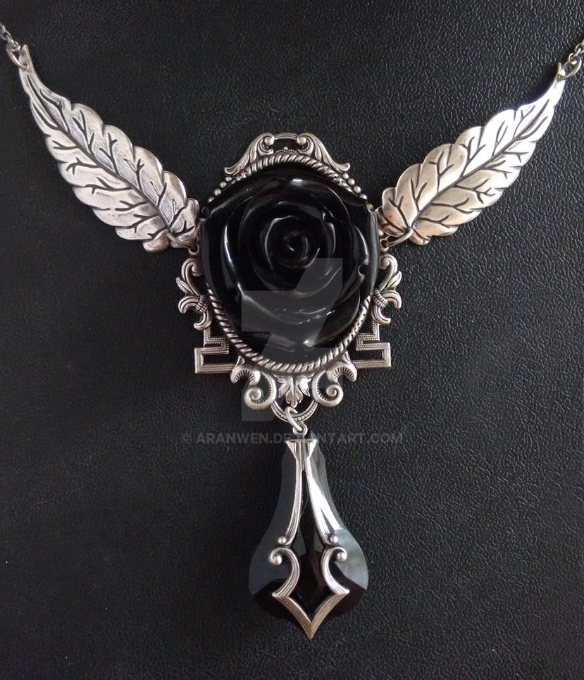 Black Rose Gothic Necklace by Aranwen