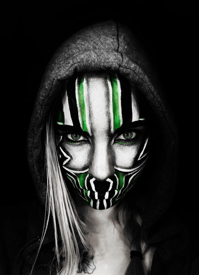 Green mask by SoBeart