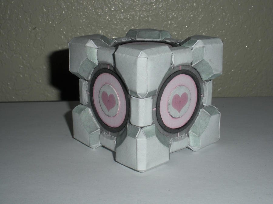 Weighted Companion Cube by DemonBa55Player