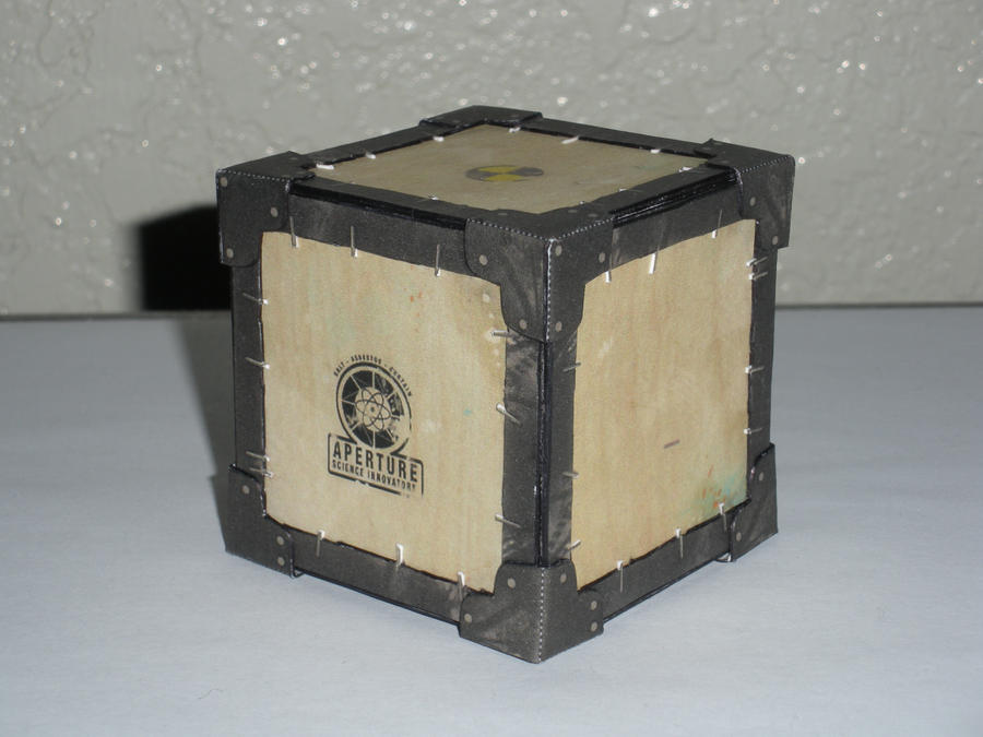 50's Aperture Science Cube by DemonBa55Player