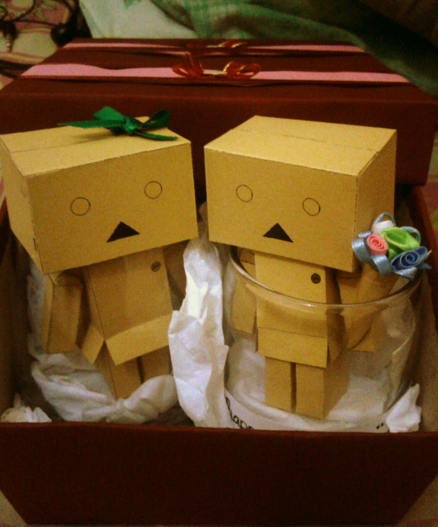 Danbo papercraft 39 39 couple 39 39 by biyarko on deviantart for Arts and crafts ideas for couples