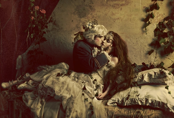 The Kiss by Widmanska