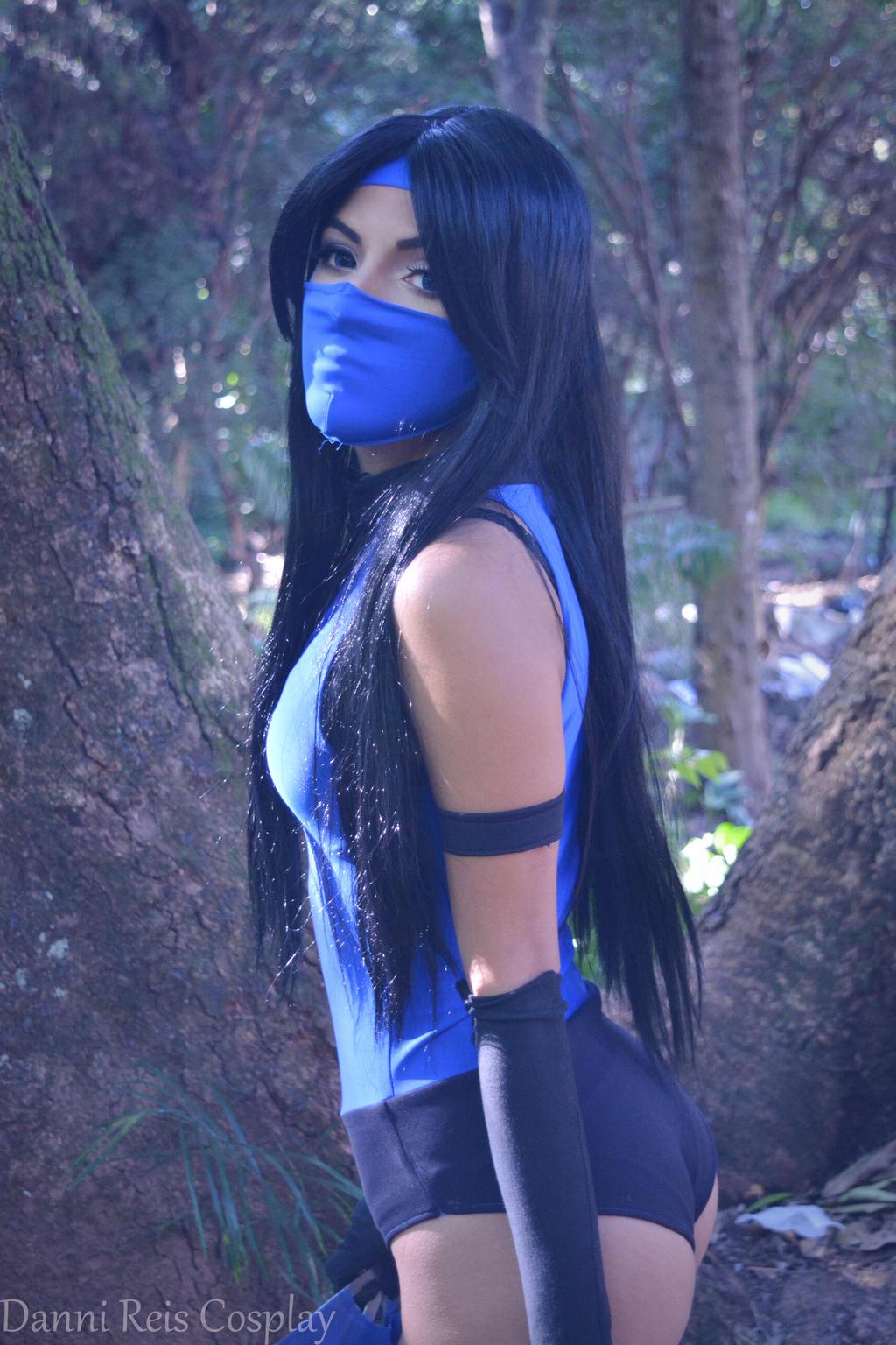 Sexy Kitana Mortal Kombat sq - Abdella by Abdella-Photo