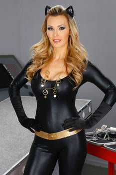Tanya Tate Julie Newmar Style Catwoman Cosplay