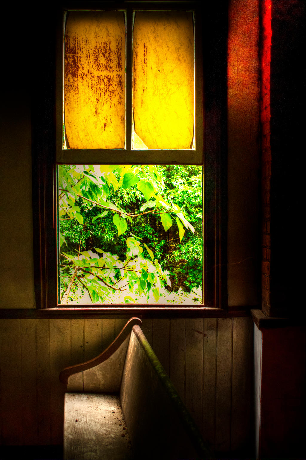 Can you feel the Glow? by dementeddiva23