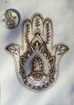 Fatima's hand with pyrography(idea from pinterest)