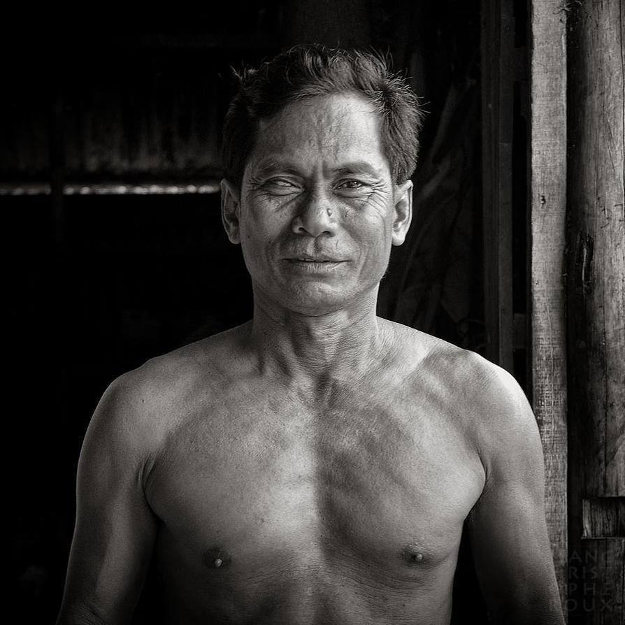 Khmer Studies 11 by Azram