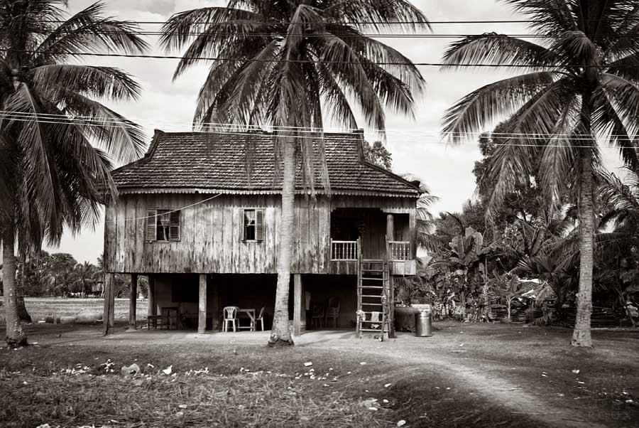Khmer Studies 28. by Azram