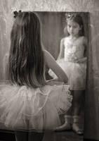 sad ballerina by MihaEla-Cojocariu