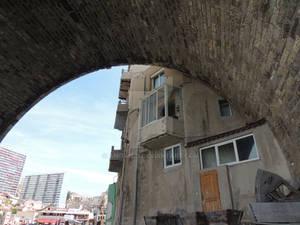 house in a bridge