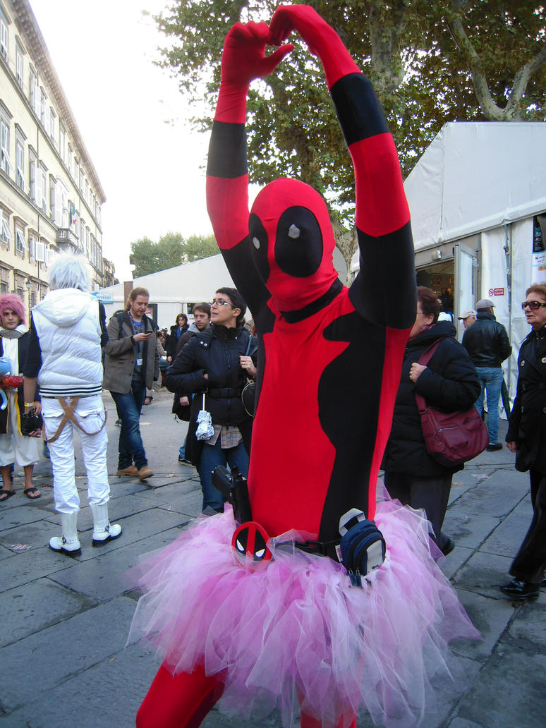 Dancing Deadpool by REDDISH-MUSE