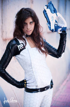 Miranda Lawson 04