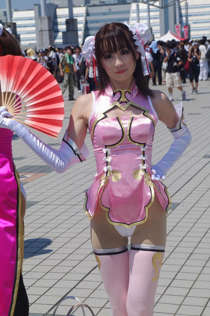 Super sweet cosplay girl gets fucked