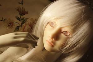 'IVA' my own resin head cast by DreamHighStudio