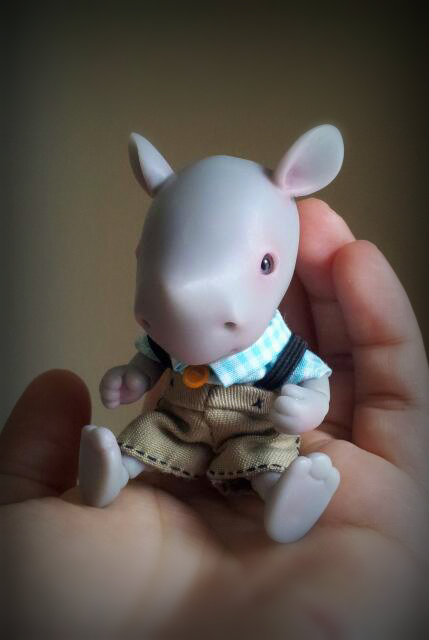 BABY RHINO 10 cm BJD by DreamHighStudio