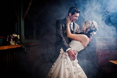 Smoking Dance by vahalummukka