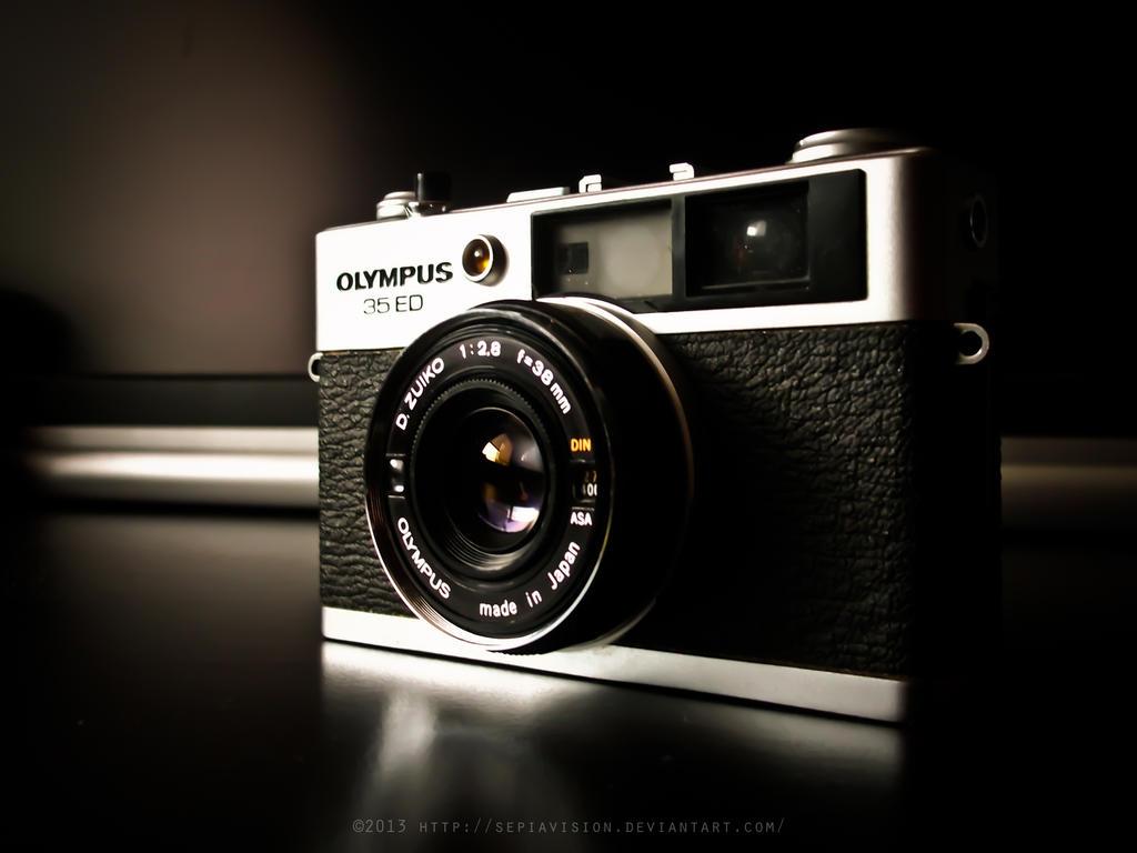 Olympus 35-ED by sepiavision