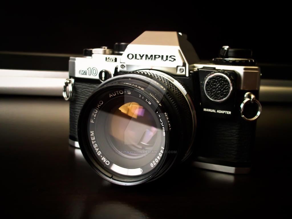 Olympus OM-10 by sepiavision