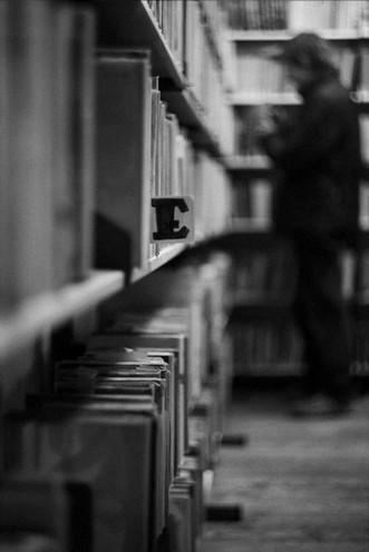 library... by wieczny