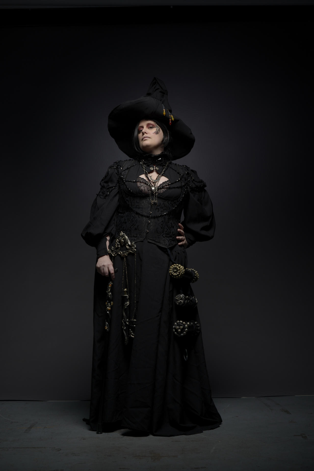 -STOCK- Victorian Witch 251